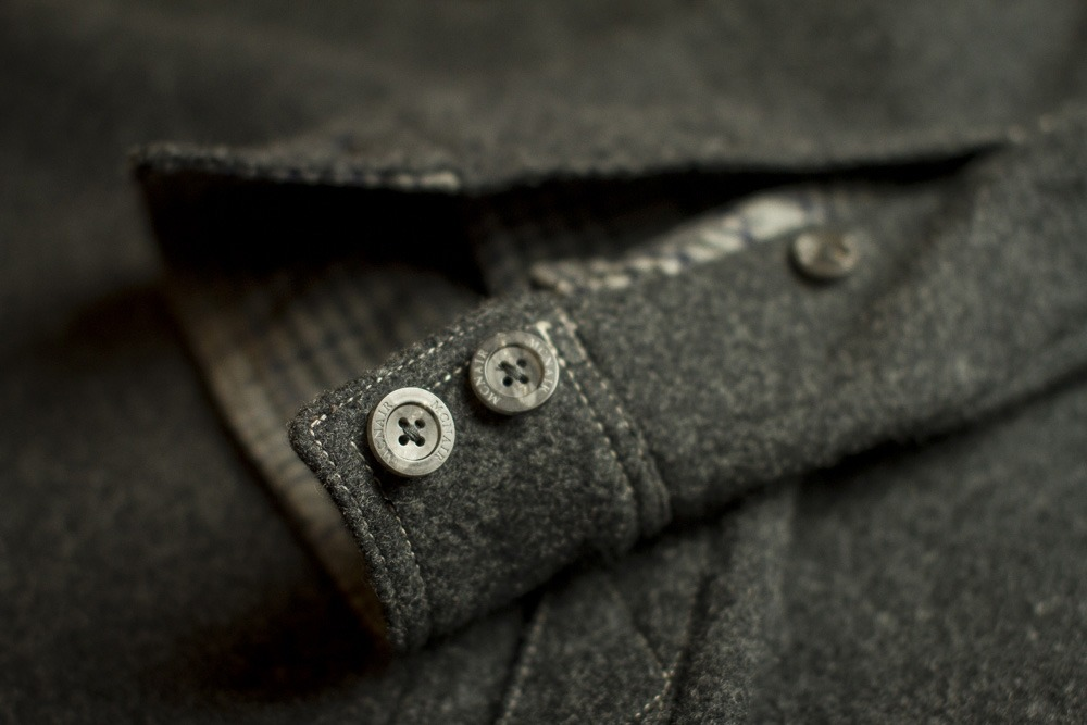 McNair mid weight Mountain shirt details