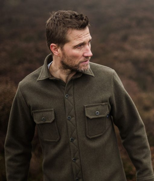 Men's heavy weight merino mountain shirt in dark sage