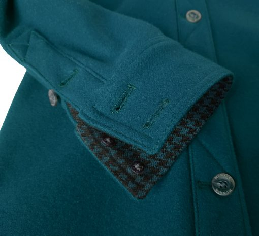 Merino shirt in Lagoon - cuff detail